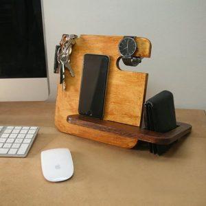 Kancelář - dřevěné bloky a stojany